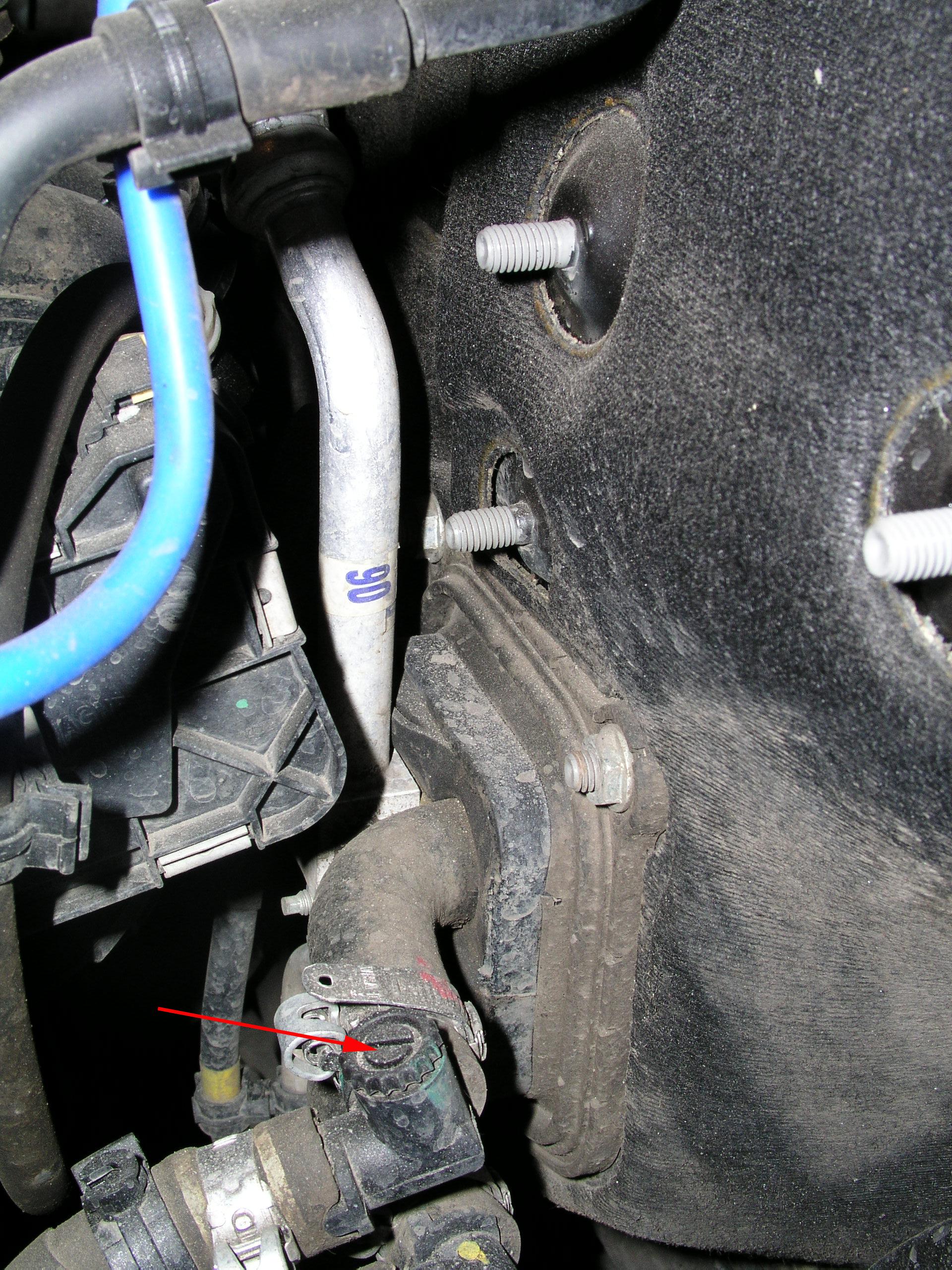 ремонт фиат альбеа не гаснит лампочка дверей